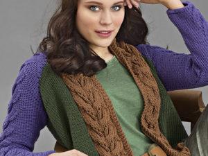 Трехцветный пуловер с косой